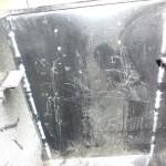 Добавление силикона на швы бункера пеллетного котла Termodinamik